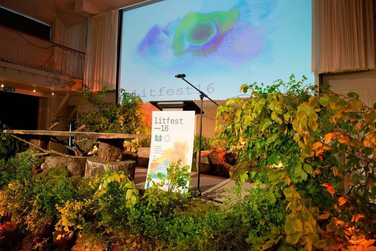 The stage at Ballymaloe Litfest 2016 © Joleen Cronin | Courtesy of Ballymaloe Litfest