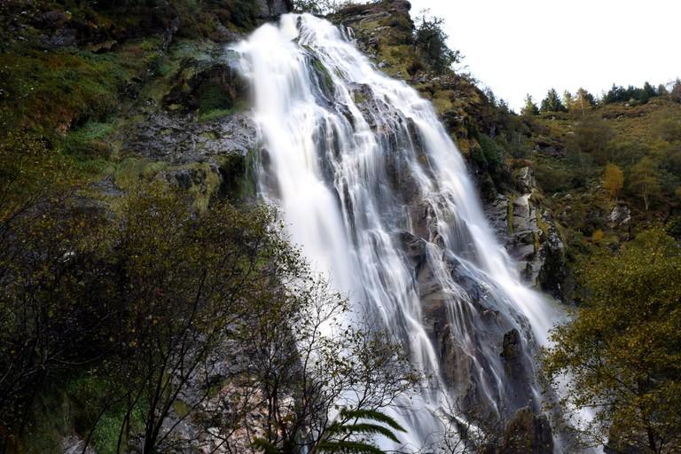 Powerscourt Waterfall   © kilgarron/Flickr