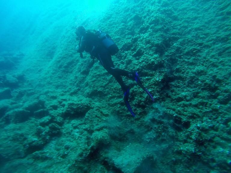 Scuba Diving in Folegandros