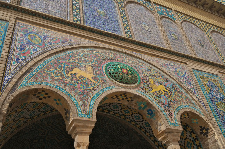 Tile details of Golestan Palace | © A.Davey / Flickr