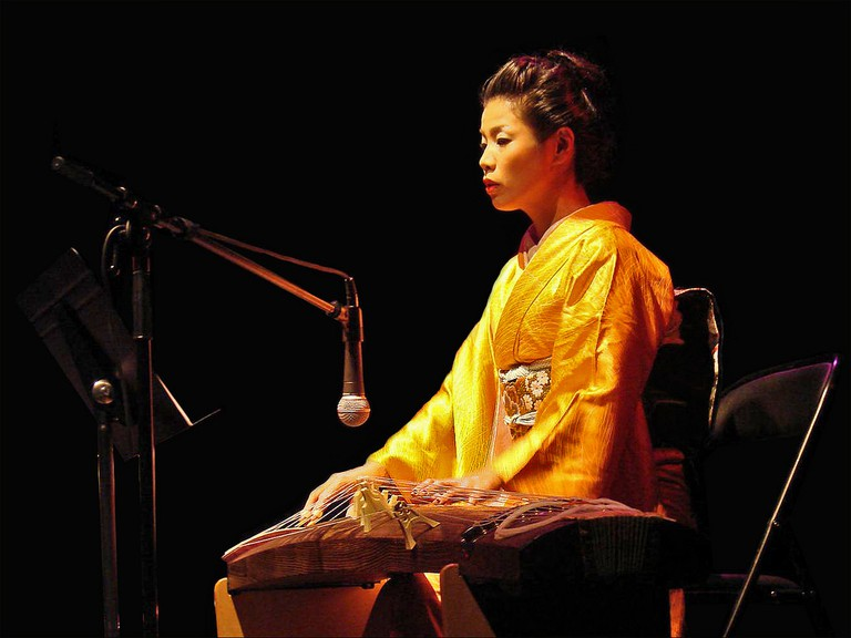 Fumie Hihara on the koto