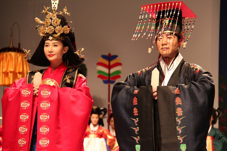 Symbols such as phoenixes and dragons were embroidered on hanbok worn by royalty