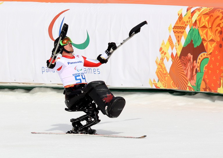 Josh Dueck won silver in the men's sit skiing downhill at the 2014 Paralympic Winter Games | © Scott Grant/Canadian Paralympic Committee
