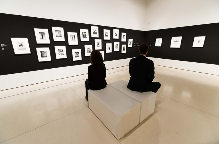 The Philippe Halsman Sorprendeme exhibition