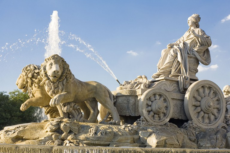 The famous Cibeles fountain and monument