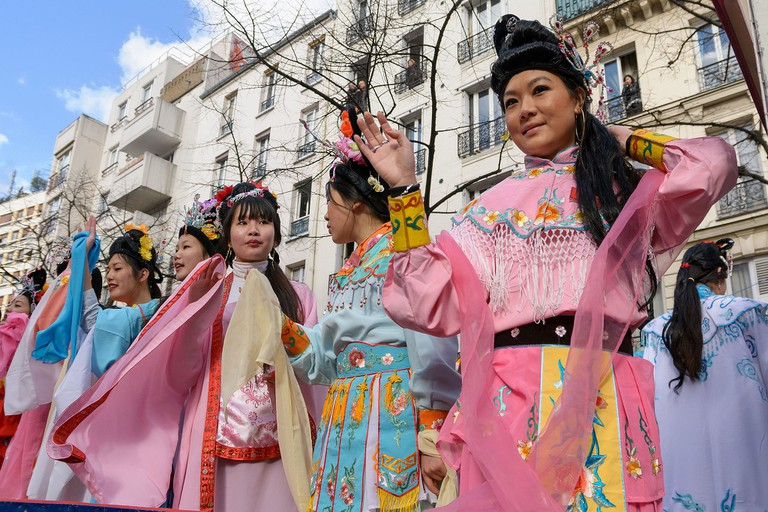New Year celebrations on Avenue de Choisy │