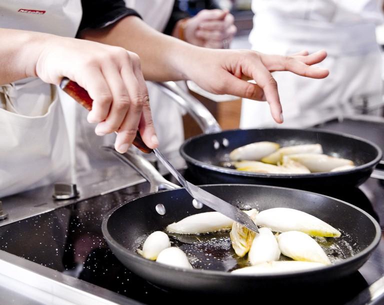 Students at the École de Cuisine Alain Ducasse│© pierremonetta, Courtesy of École de Cuisine Alain Ducasse