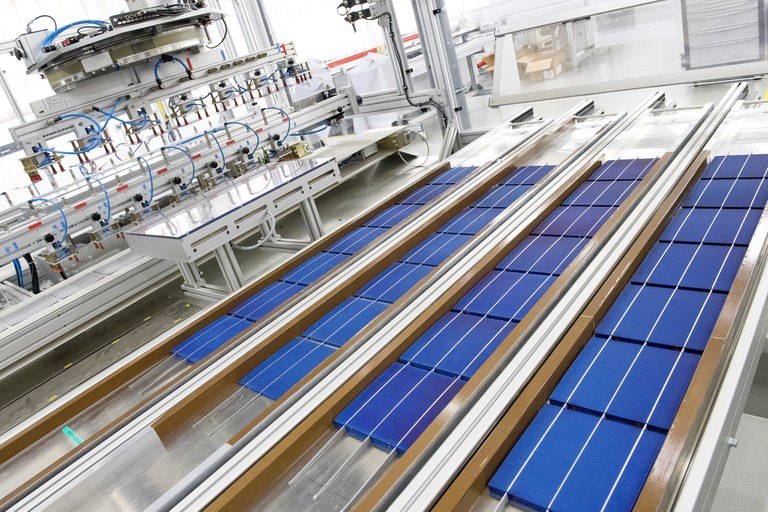 Usine SCNA SOLAR, production Wattway at Tourouvre│ © Joachim Bertrand / COLAS