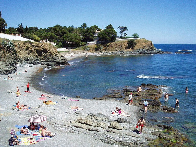 Llançà Beach, Costa Brava | ©Hector Garcia / Wikimedia Commons