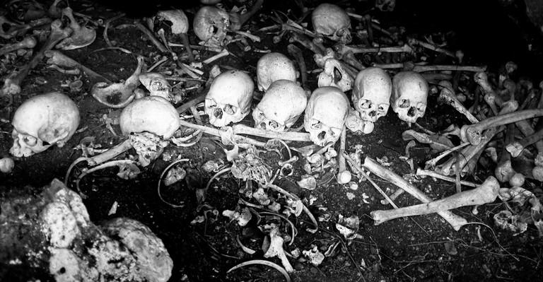 Cannibal Cave, Fiji