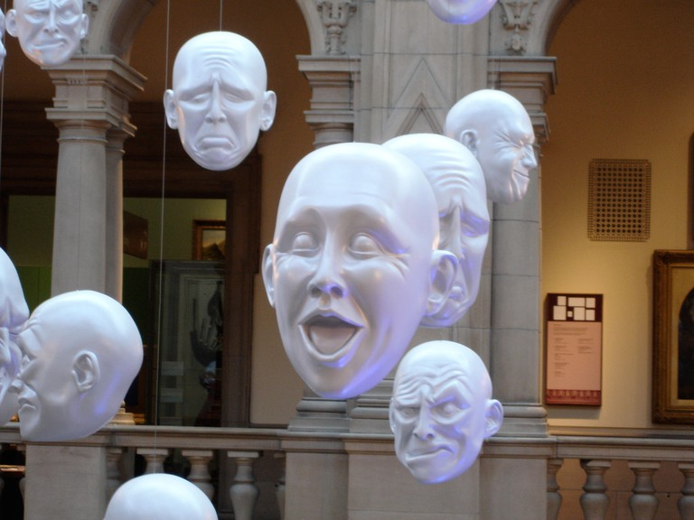 Floating Heads At Kelvingrove Art Gallery And Museum | © Ian Dick/Flickr
