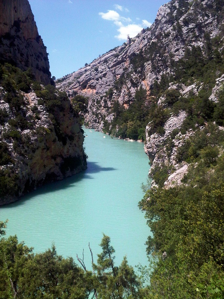The Gorges du Verdon is perfect for wild swimming and kayaking