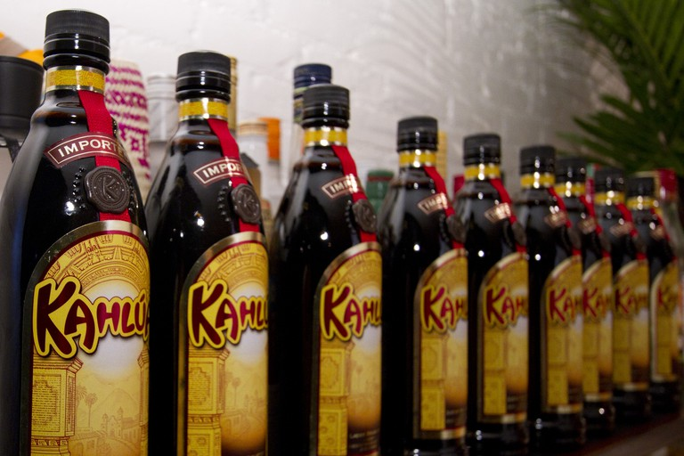Kahlúa is a key ingredient in a ruso negro