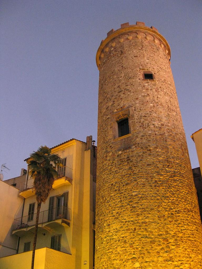 Casa Badia i Torre del Palau | © Enfo/WikiCommons