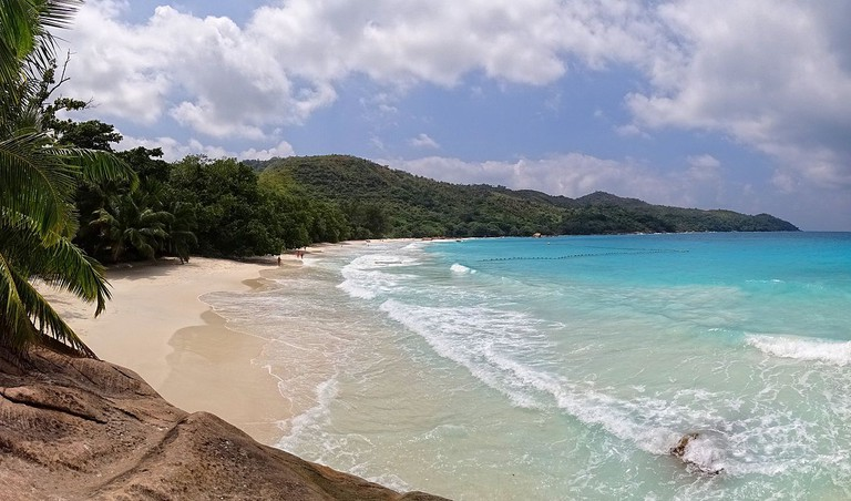 Anse Lazio from the rocks
