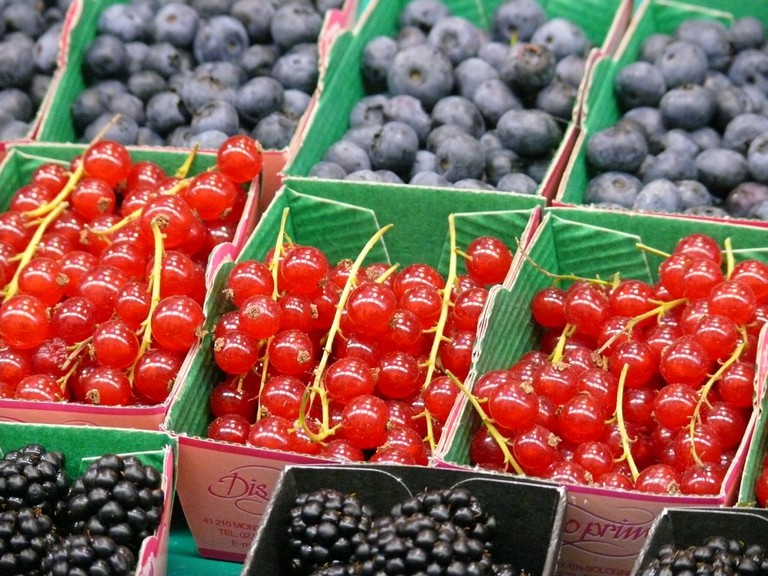 Berries at the Marché d'Aligre │© Coralie Ferreira / Flickr