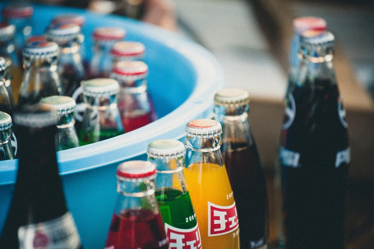 Glass pop bottles | © Francesco Gallarotti/Unsplash