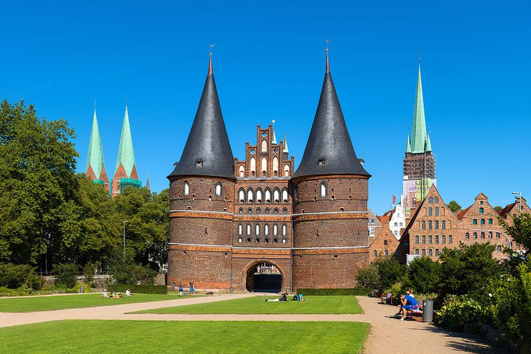 The Holstentor in Lübeck | © Christian Wolf / WikiCommons