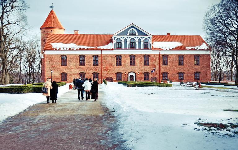 Raudondvario Castle Manor