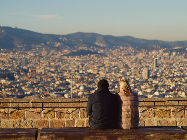 Admiring the view in Barcelona CC0 Pixabay