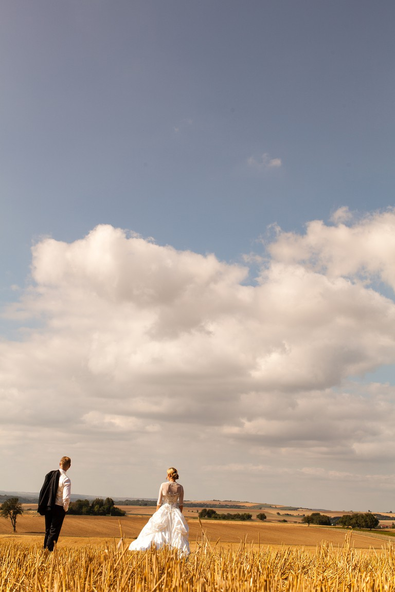 Check the forecast of your wedding destination
