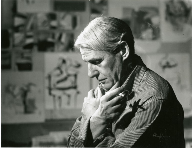 Willem de Kooning in his studio. Courtesy of WikiCommons