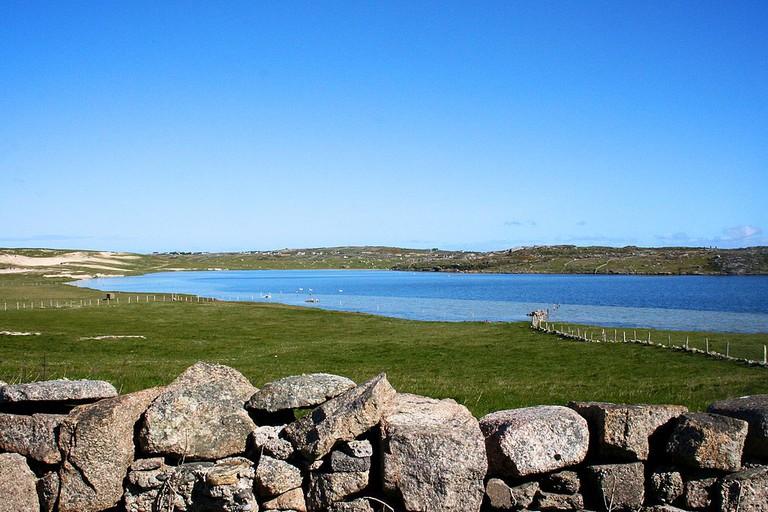 Fahy Lake, Omey Island, Connemara | © Markbriggs/WikiCommons