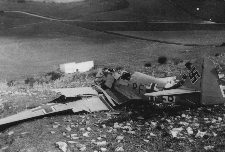 A crashed German Klemm Kl 35 trainer (s/n PF+LB) in Italy