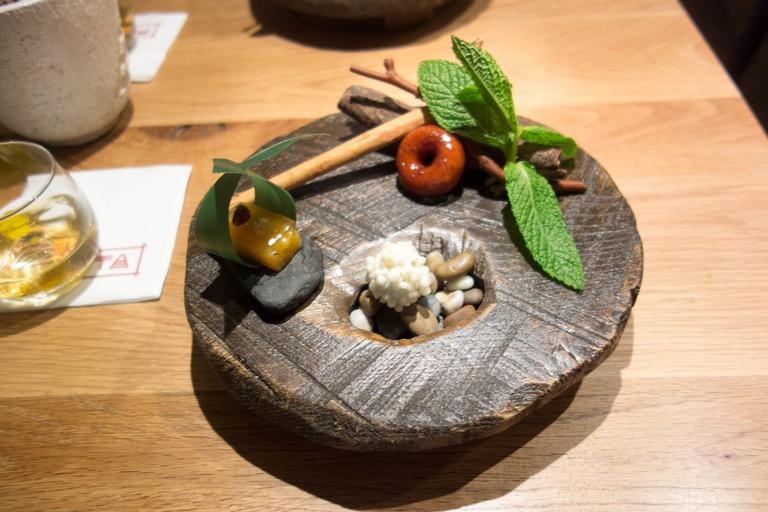 Pakta is a nikkei restaurant in elBarri Adrià © Kent Wang