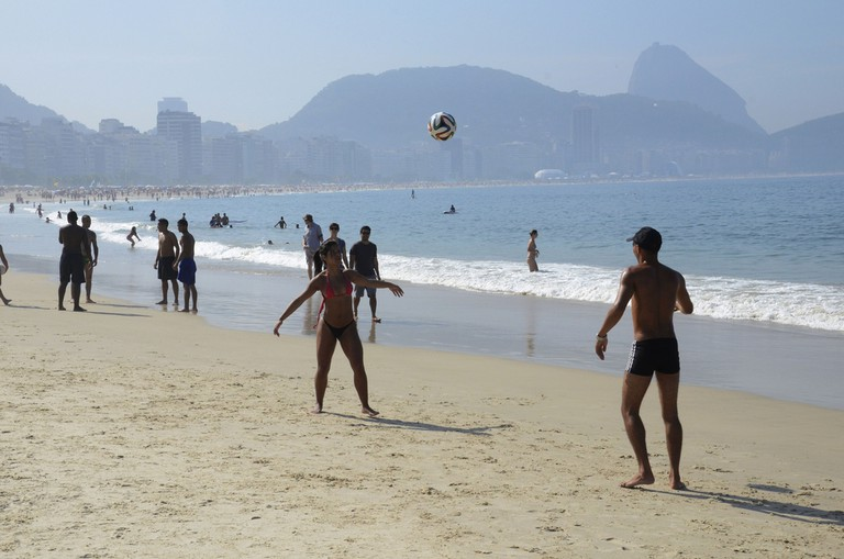 Football on the beach |© Alexandre Macieira|Riotur/Flickr