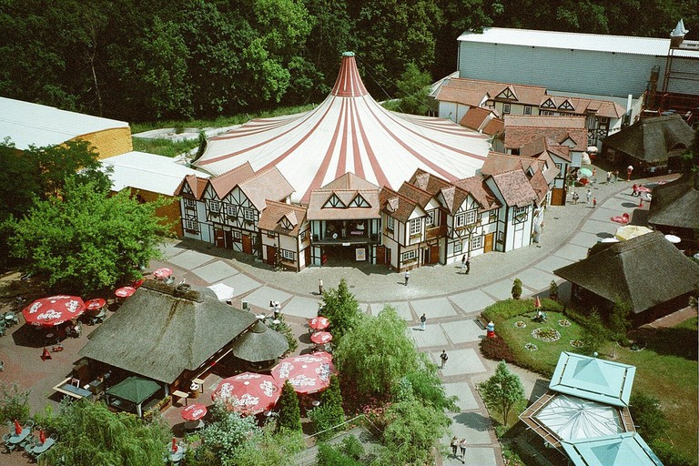 An aerial view of this former palace of fun