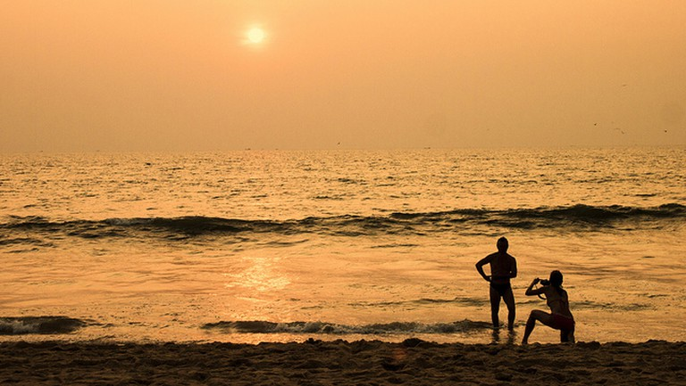 Goa's sun-kissed beaches is the perfect setting for romance !