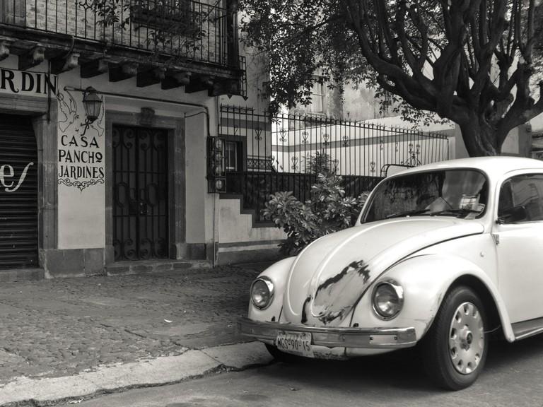 A Beetle in La Roma