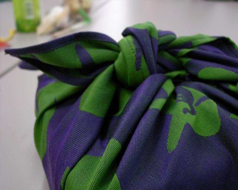 Furoshiki wrapped bento box | © Masahiko OHKUBO/Flickr