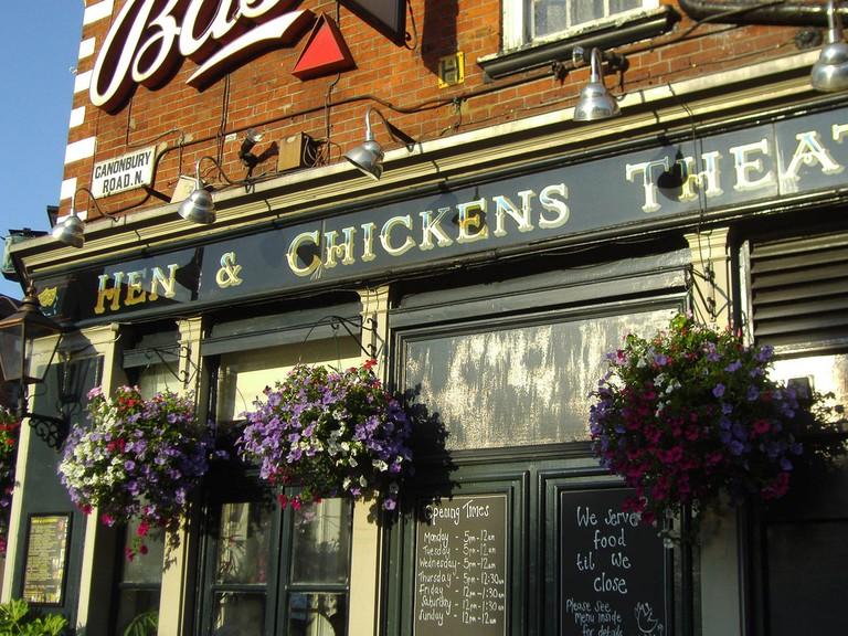 Hen & Chickens pub