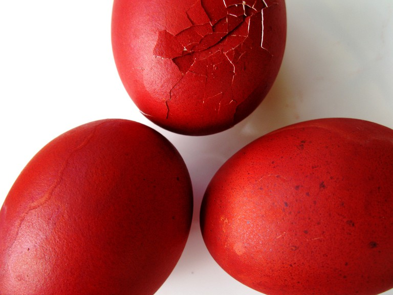 Red eggs Tsougrisma