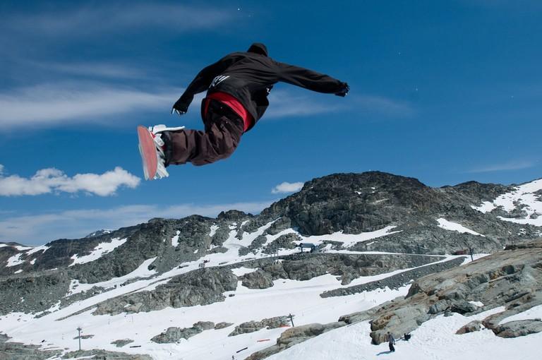 Snowboarding in popular Whistler