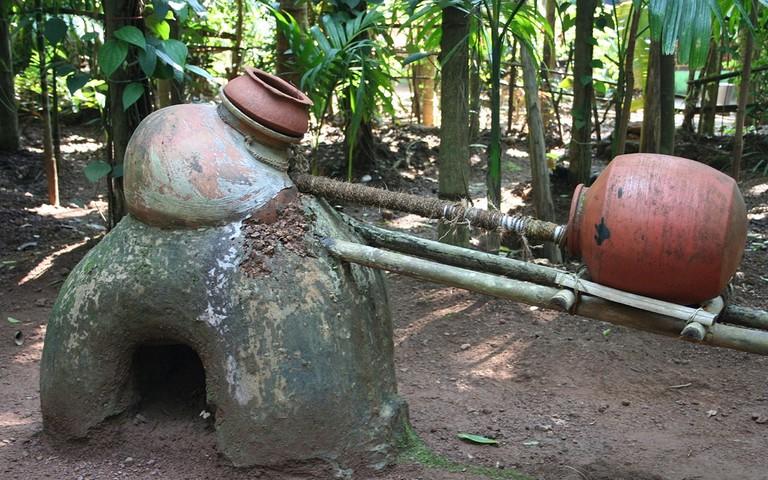 The process of distilling feni | ©Nagarjun Kandukuru / Flickr