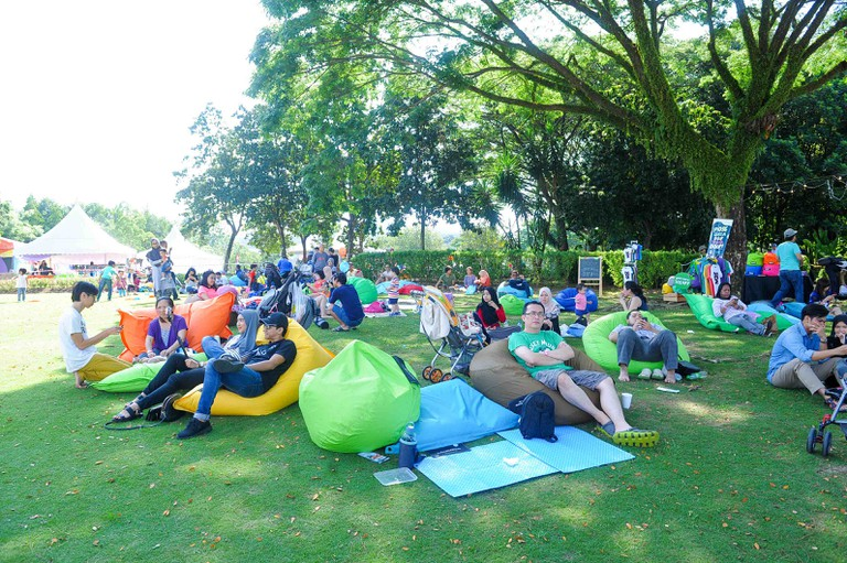 Bring your own picnic mats and lounge with hot-air balloons