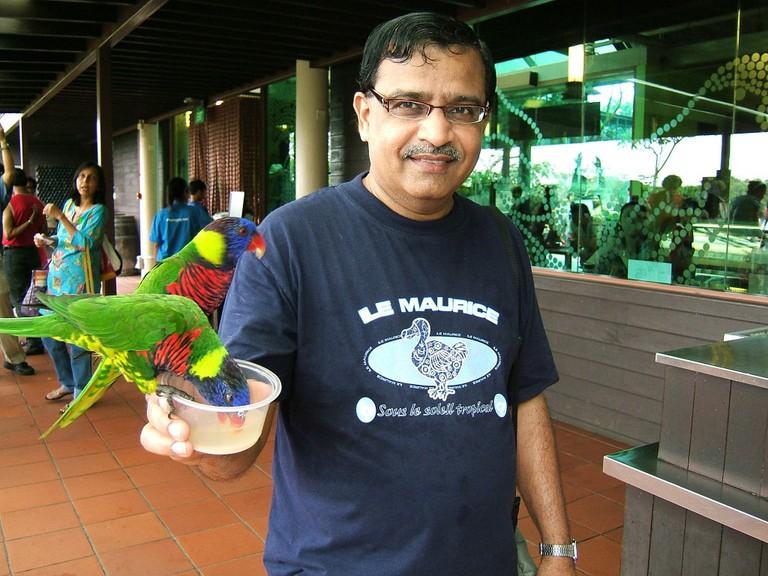 Dodo-emblazoned t-shirt