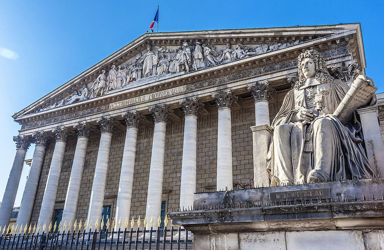 Assemblée Nationale at the Palais Bourbon │© Jacky Delville / Wikimedia Commons