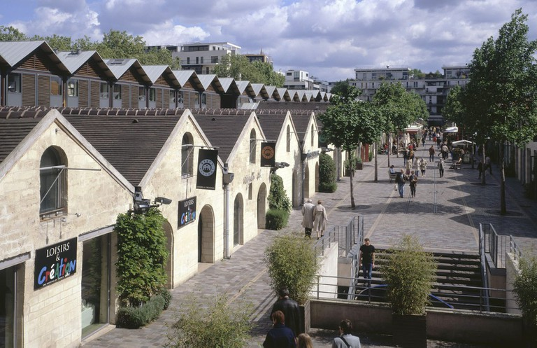 Bercy Village │ © André Morin, Courtesy of Valode & Pistre Architectes