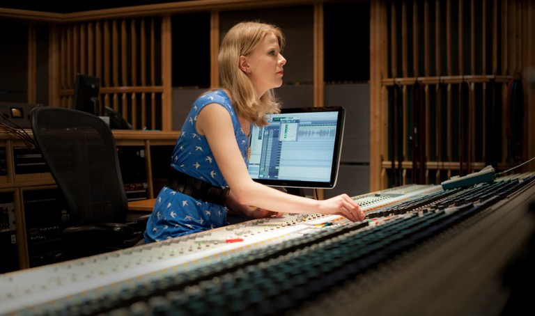 Olga Fitzroy works as a recording and mix engineer