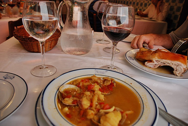 Stew, suckling pig and wine at Botín