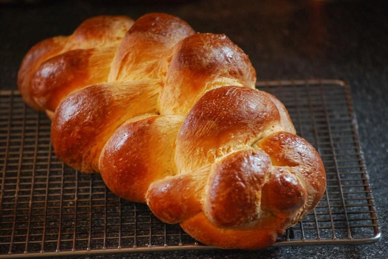 Braided bread loaf