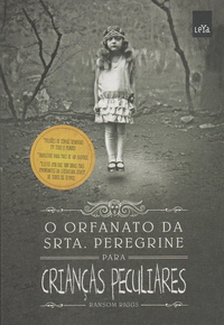 Miss peregrine's home for peculiar children|© Intrínseca