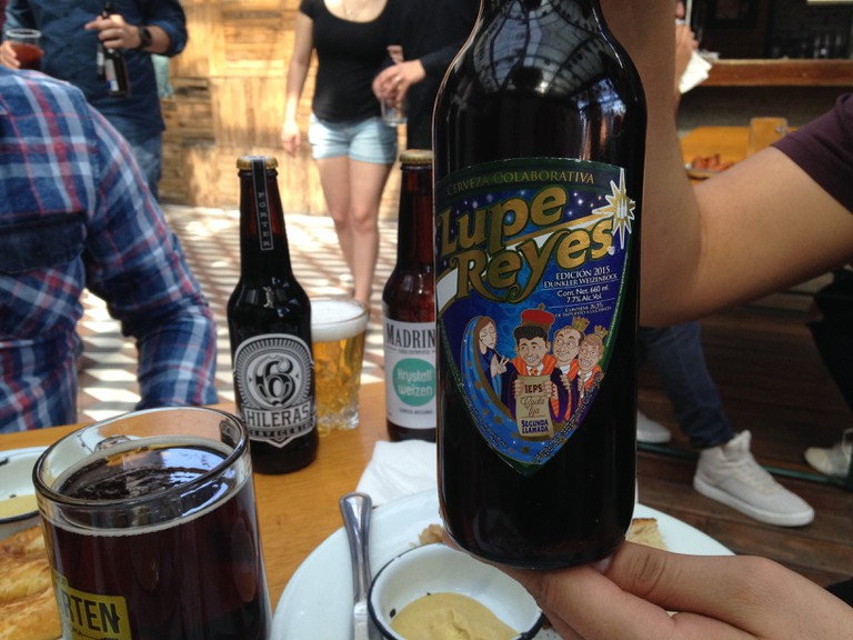 Lupe Reyes, a Minerva special edition beer