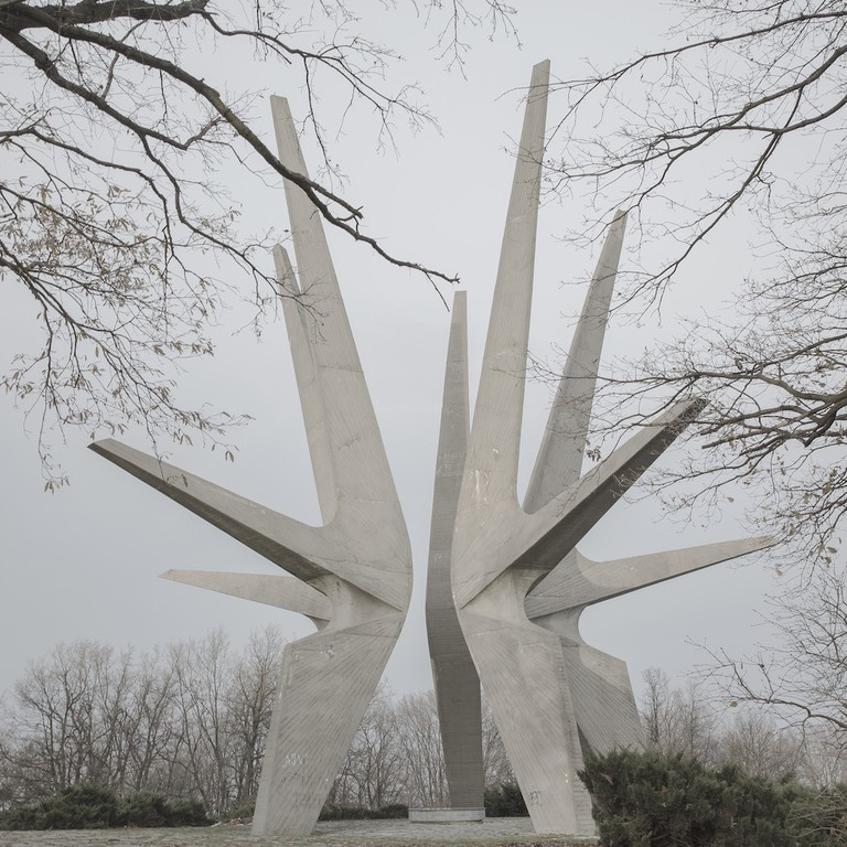 Jovana Mladenovic, Kosmaj Monument, 2016.