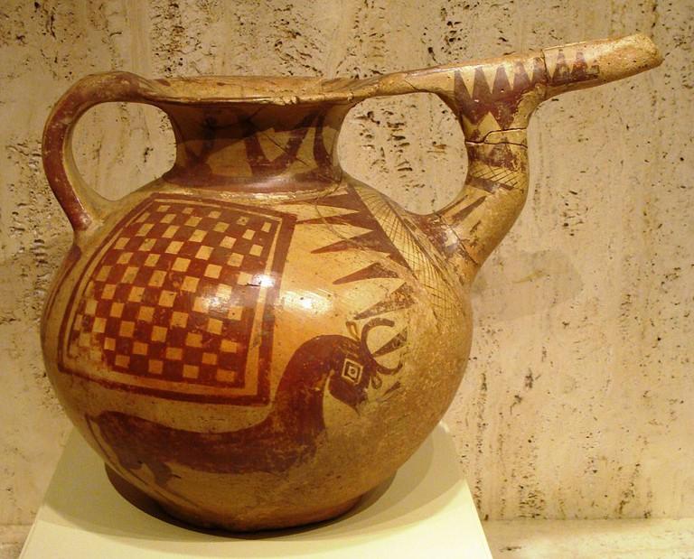 Vase from Tepe Sialk   © Nightryder84 / Wikimedia Commons