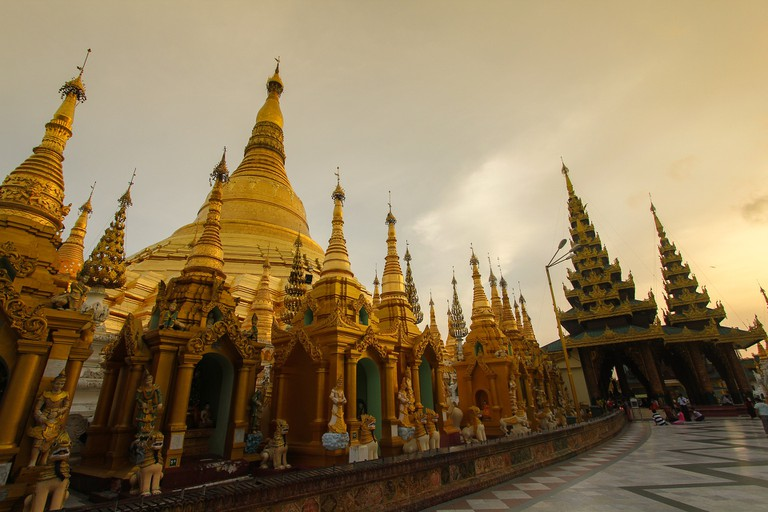 Shwedagon Pagoda | © ArkkrapolA